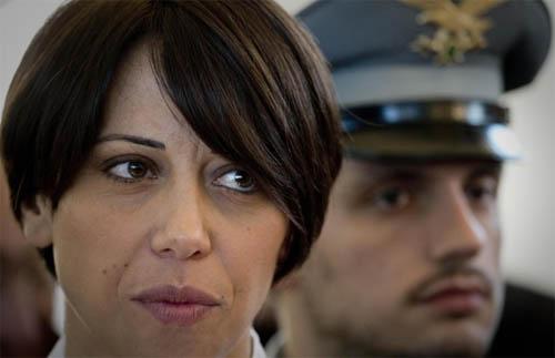 De Girolamo indagata e… vicepresidente della giunta! Autorizzerà il proprio arresto?