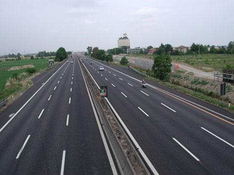 """Concessioni autostradali, M5S: """"Favori agli amici e il conto lo paghiamo noi"""""""