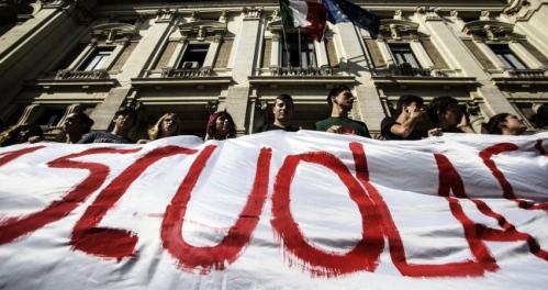 Scuola: il malcontento dilaga ma governo fa finta di nulla