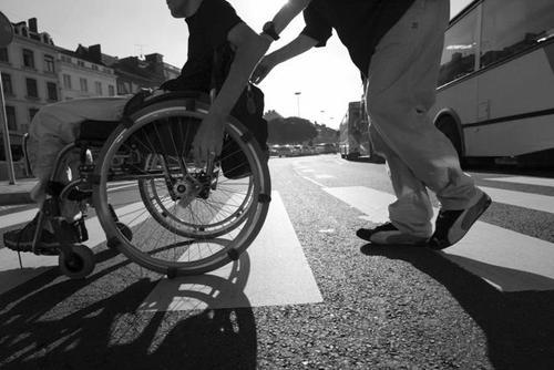 Disabili: la legge sul 'Dopo di noi' che favorisce i privati e le fondazioni