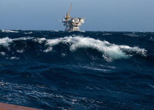IMU piattaforme petrolifere: il governo calpesta la Cassazione con una norma pro-petrolieri