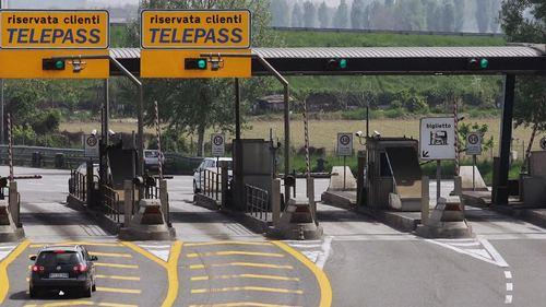 Autostrade, Delrio riferisca in Aula su proroga concessioni