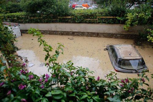 """Alluvioni e dissesto: il governo """"prevede"""" 2,2 miliardi, ma trova appena 7 milioni"""