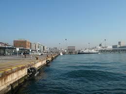 Trasporti: De Micheli conferma impegno Mit su elettrificazione aree portuali