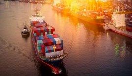 Puerto industria marítima