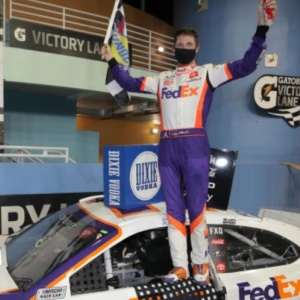 Hamlin Wins the Dixie Vodka 400 in a Sweeping Victory