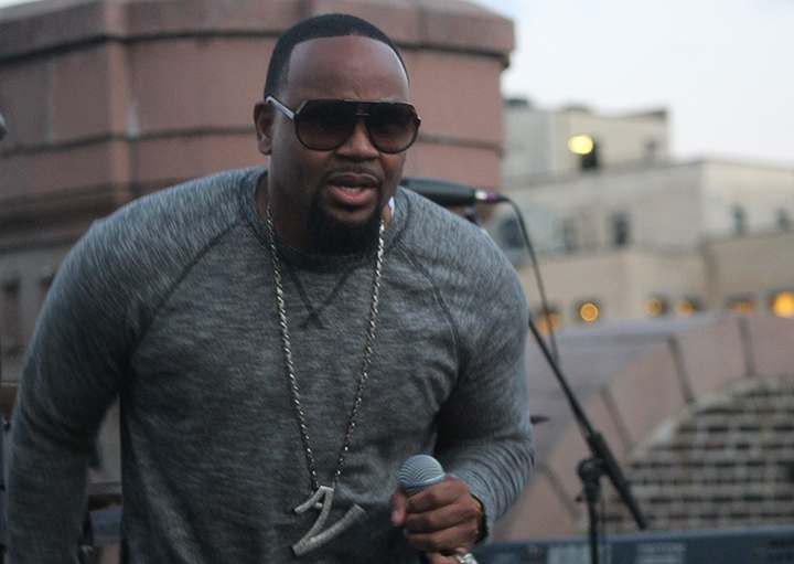 """Avant Performs and Breaks Down His New Single, """"Special"""""""