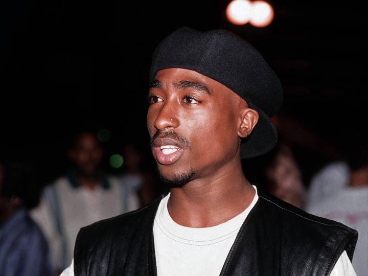 Tupac Who?! Social Media Roasts Old Statue of the Rapper to No End