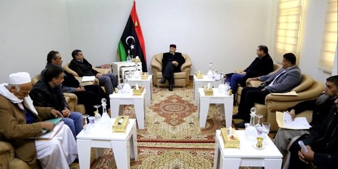 فخامة رئيس مجلس النواب الليبي  يلتقى وزير التعليم بالحكومة الليبية المؤقتة