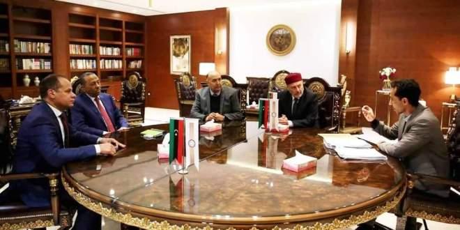 معالي النائب الثاني لرئيس مجلس النواب يلتقي رئيس مجلس وزراء الحكومة الليبية