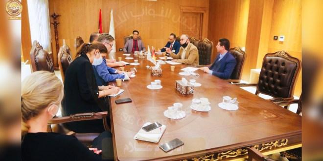 لجنة الخارجية بمجلس النواب تجتمع مع السفير الألماني لدي ليبيا