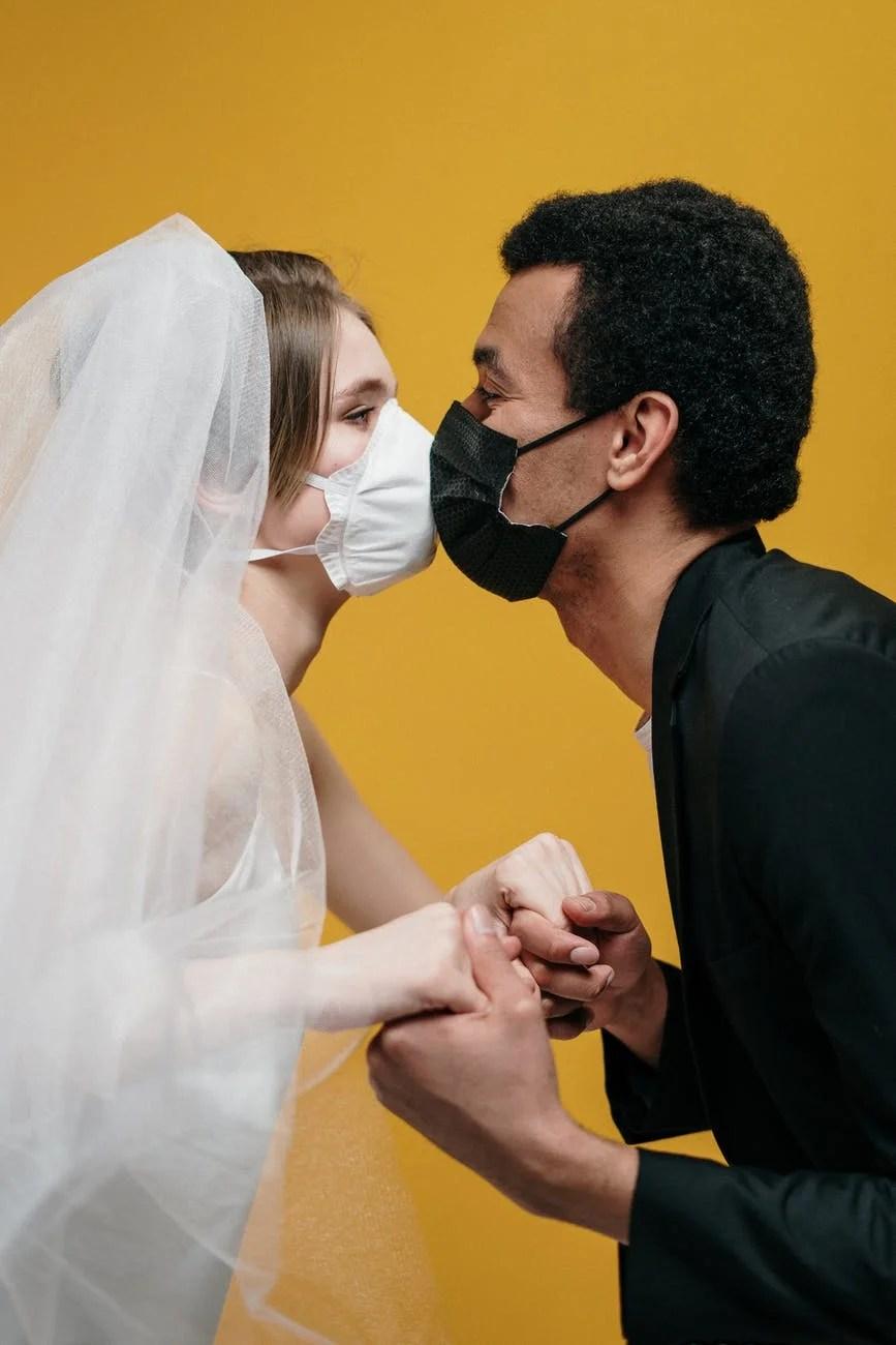 s'aimer pendant la pandémie