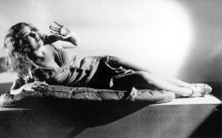 Fay Wray - King Kong pic 1