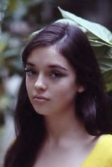 Angela Cartwright - Lost in Space- Pic 1