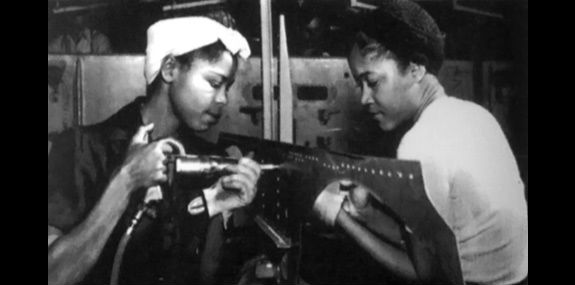 black-women-factory-workers-33113-575hc