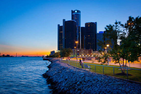 Detroit_Riverfront3
