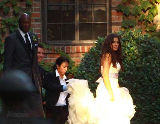 khloe-wedding-dressed-copy
