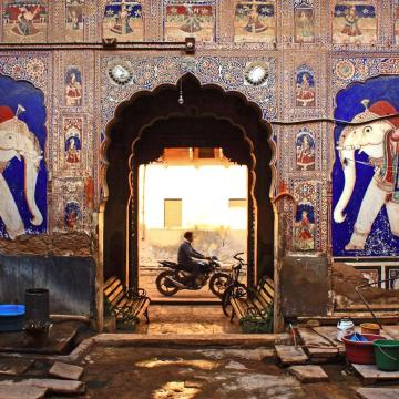 One of the grand hovels of the Shekhawati region. Image by Neelima Vallangi