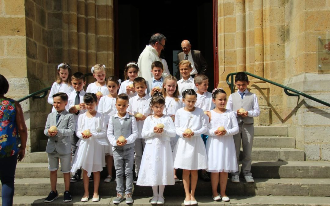 PHOTOS 1° COMMUNION 28 MAI 2017