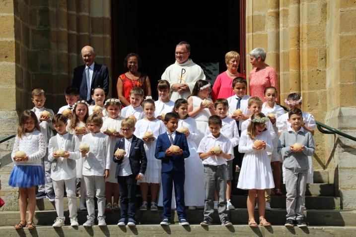 3.06.2018 communion 156