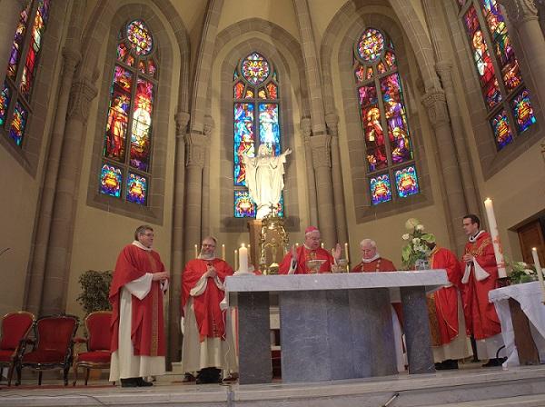sacre-coeur-nouvel-autel-consecration