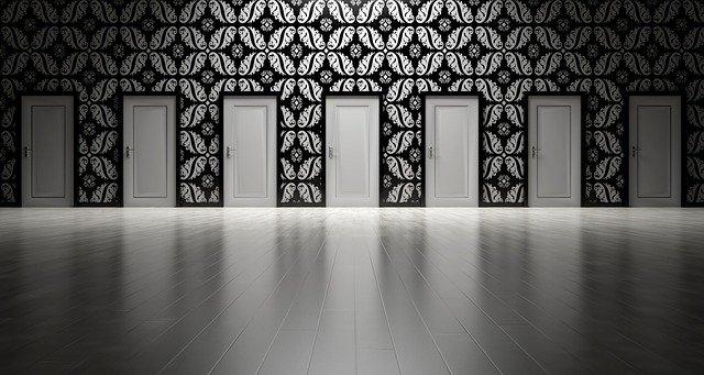 Il labirinto delle relazioni sociali, le vie d'uscita