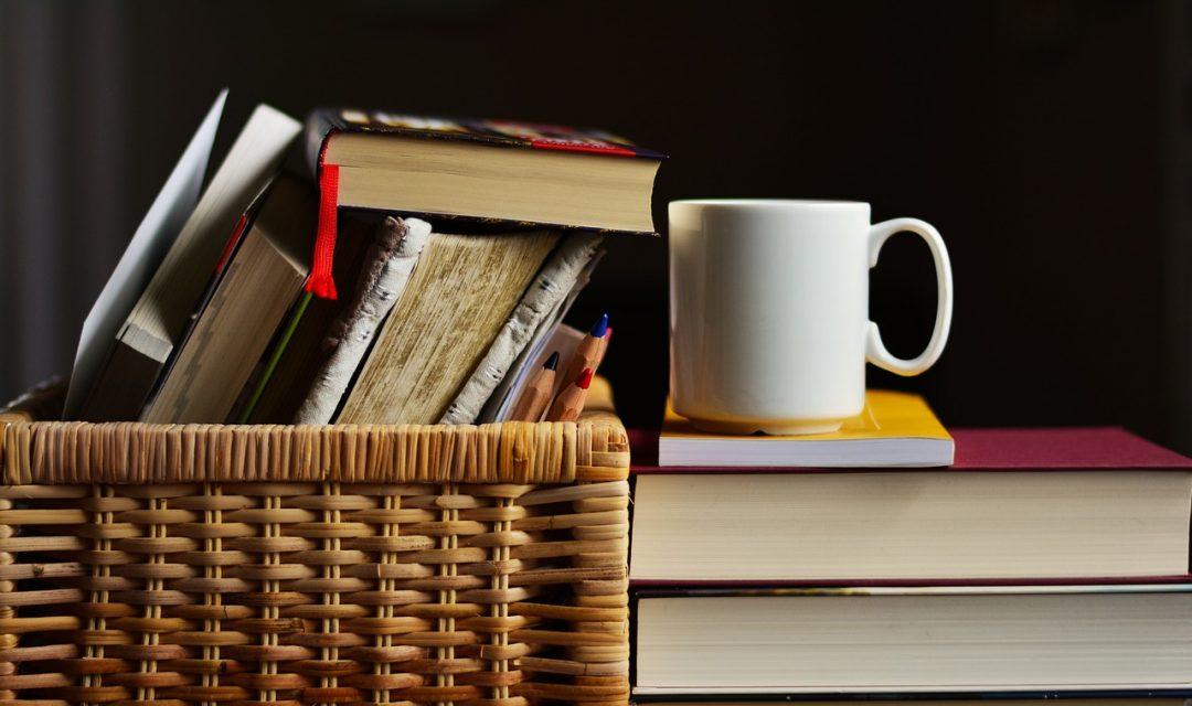 classici-e-letture-a-scuola-obbligatorie-o-consigliate