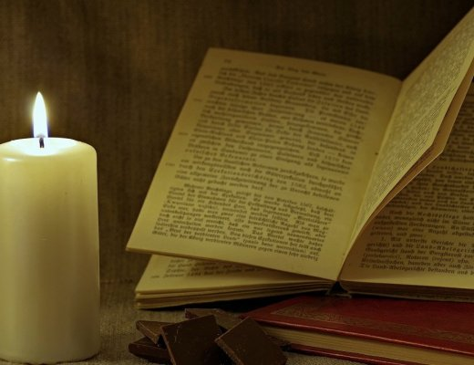 Halloween: film e libri da guardare, leggere, affilare... (immagine via Pixabay)