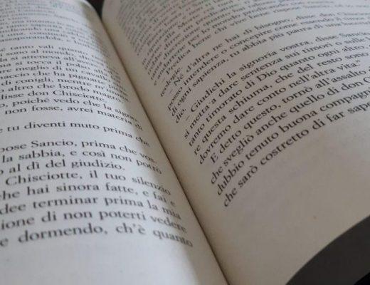 Dieci libri della mia vita: giochi social, copertine e spiegazioni indirette