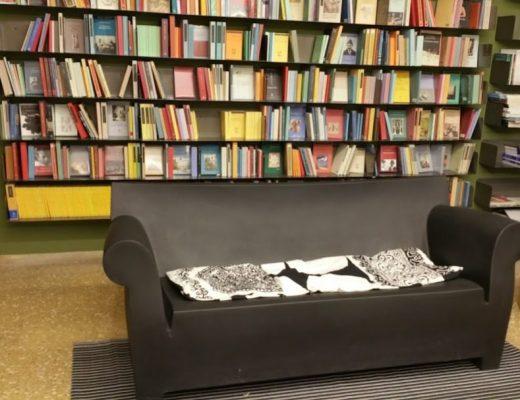 Alfons Mucha e la libreria Tarantola a Udine: la presentazione del libro dell'artista e del suo tempo