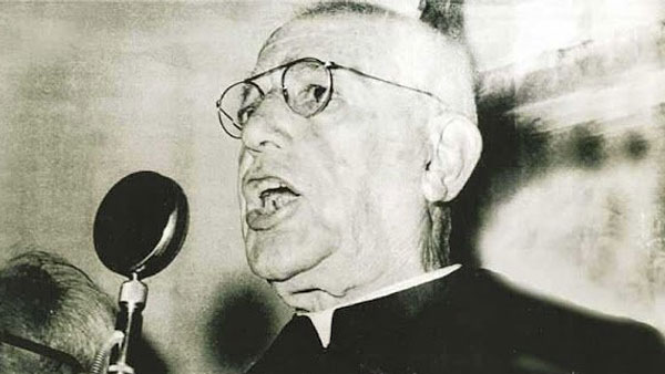 Padre Donizetti Durante Programa De Rádio / Foto: Arquivo Site Oficial – Www.padredonizettitambau.com
