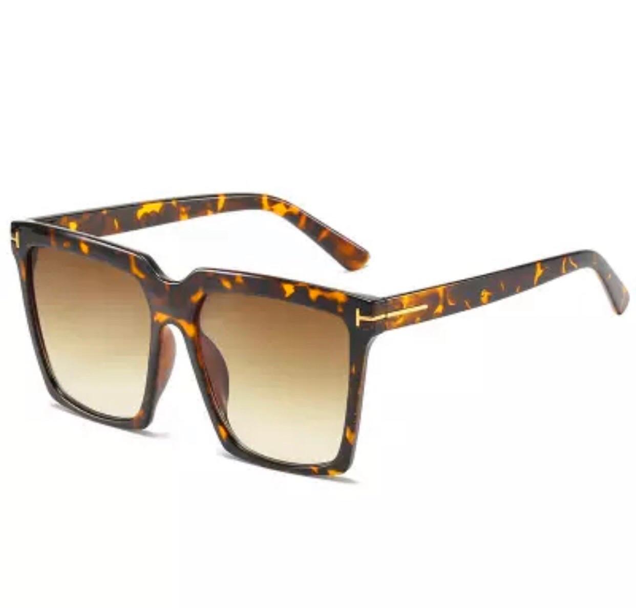 Rose leopárd mintás kocka napszemüveg