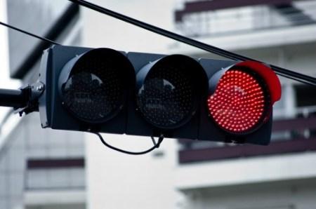 「赤信号 無視」の画像検索結果