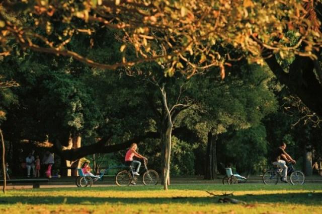 Bicicleta no Parque Ibirapuera. Foto VejaSP, Roberto Setton