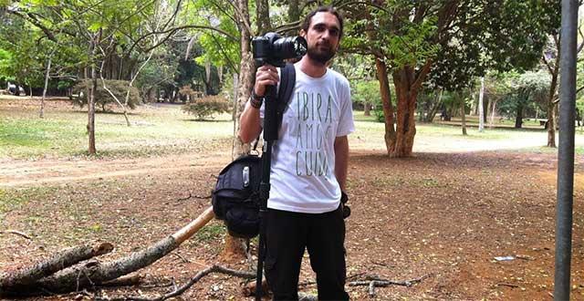 Rodrigo Ferrara, representando em campo a Produtora Sentimental