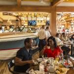 The Boathouse con un hermoso diseño para disfrutar una gran comida