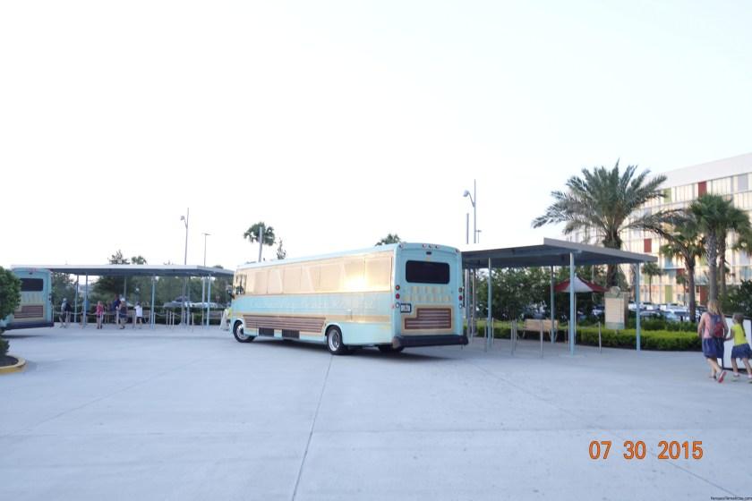 El autobús de Cabana Bay Beach Resort, es de los más bonitos