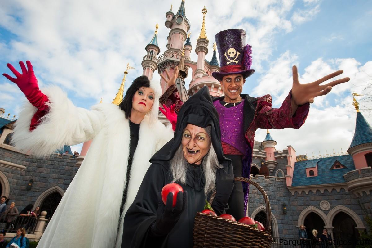 Halloween con Mickey y los Villanos de Disney París