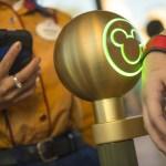 MagicBand que utilizas para ingresar a los parques, pagar compras, reservaciones de restaurantes y FastPass+