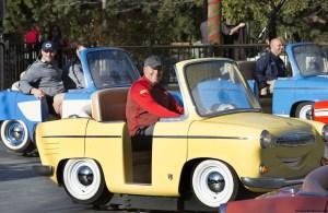 Disneyland Resort da la bienvenida el martes 27 de diciembre a los equipos participantes del Juego del Tazón de las Rosas, Núm. 5 Penn State y Núm. 9 USC