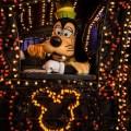 El Main Street Electrical Parade regresa el 20 de enero, ¡iluminando la noche en Disneyland