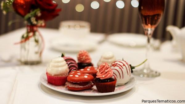 Disfrute de su amor con los dulces de San Valentín en Disneylandia