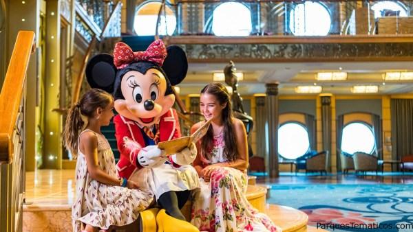 Vea lo que está incluido en un Crucero Disney