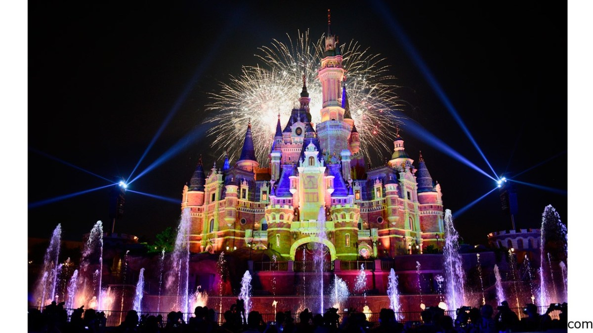 Shanghai Disney Resort ofrece una celebración espectacular en China