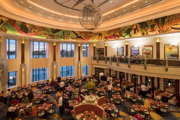 Trattoria Italiana Maria & Enzo's, Enzo's Hideaway y Pizza Ponte en Disney Springs