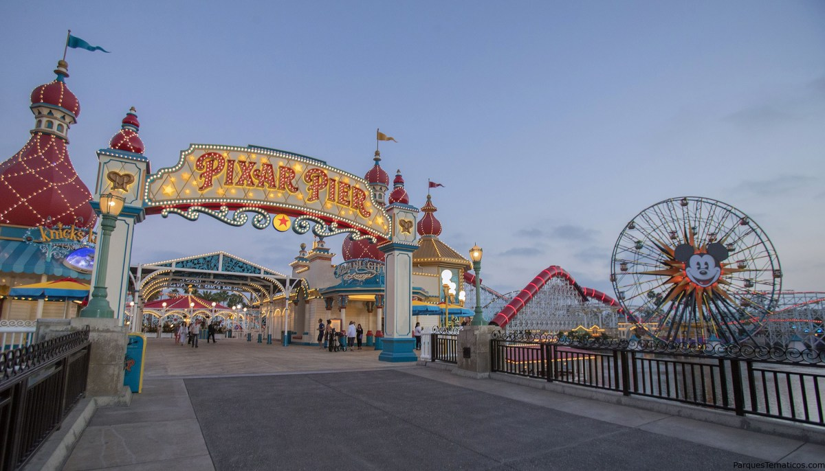 Hoja de citas de Pixar Pier en el Disneyland Resort