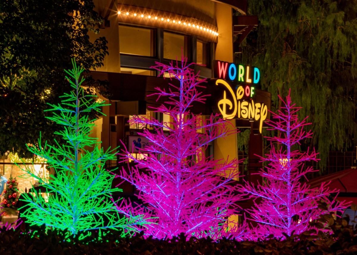 Downtown Disney District presenta nuevos árboles 'Let it Glow' para iluminar la experiencia de compras, restaurantes y entretenimiento
