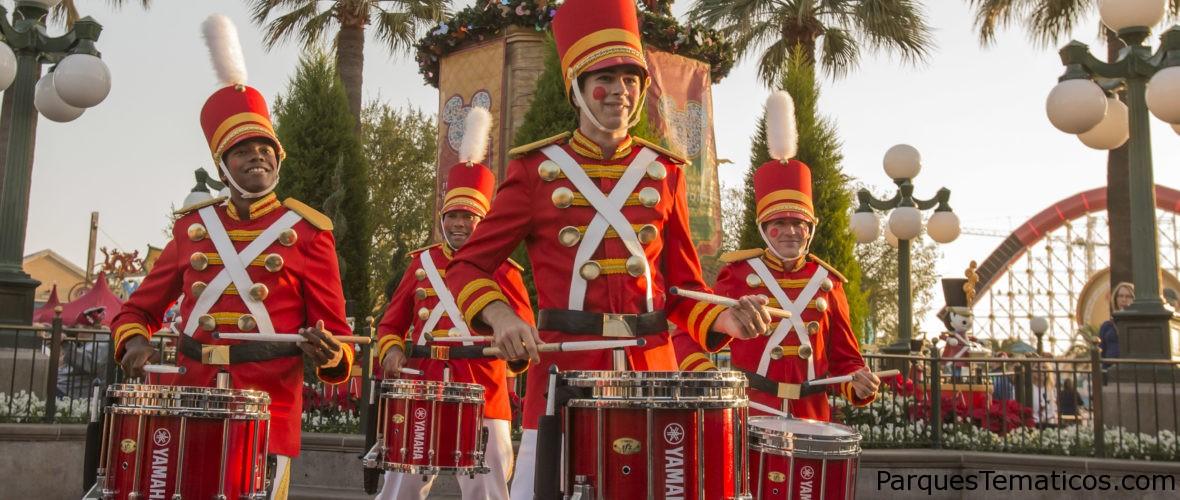 Disneylandia brilla con magia navideña y más