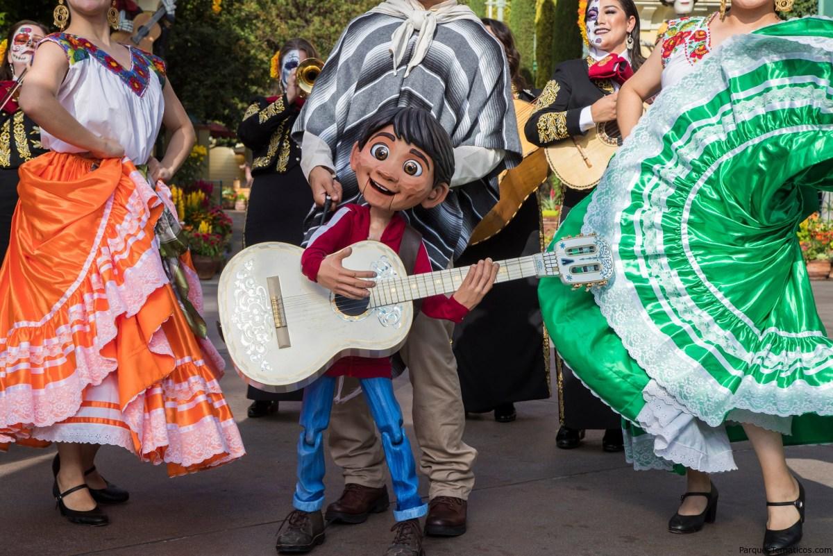 Día de los Muertos Celebrations 2019 en Disneylandia
