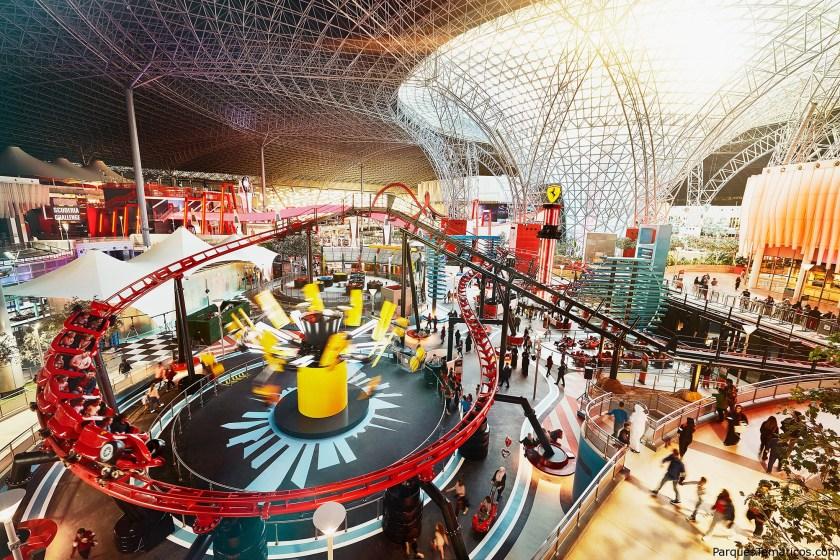 La zona familiar de Ferrari World Abu Dhabi recién inaugurado